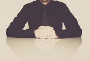businessman-598033_640-e1556040173528.jpg