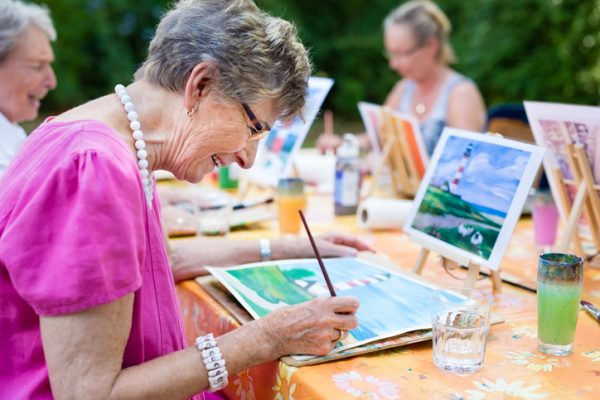 summertime activities for adults with dementia