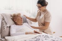 the advantages of hospital beds at home